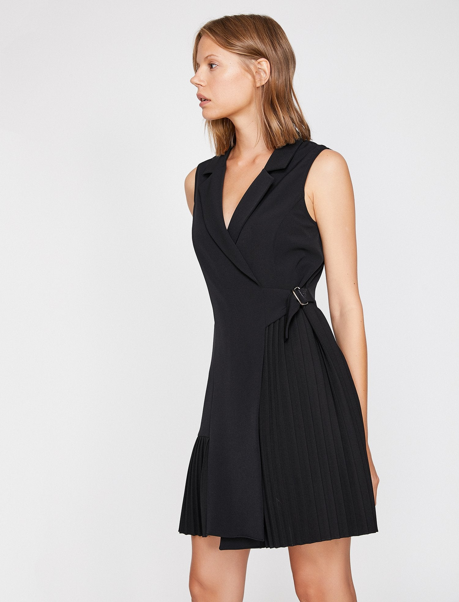 Sleeveless Waist-Tie Dress