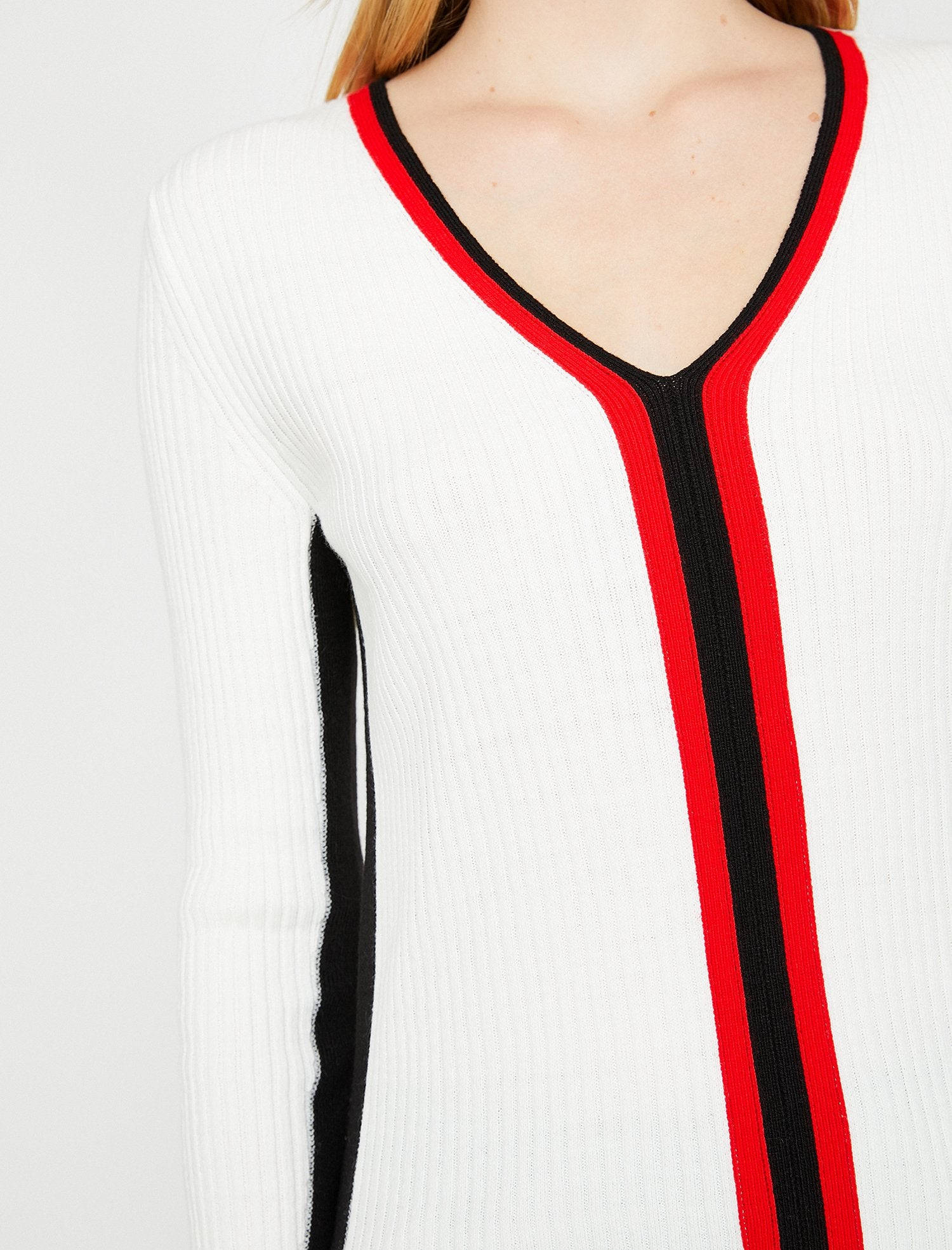 Ribbed V Striped Sweater in Red
