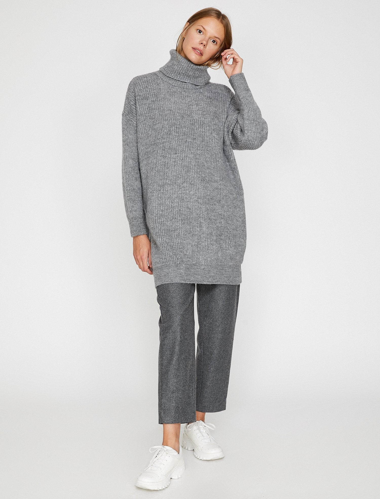 Oversize Turtle Neck Sweater in Grey Heather
