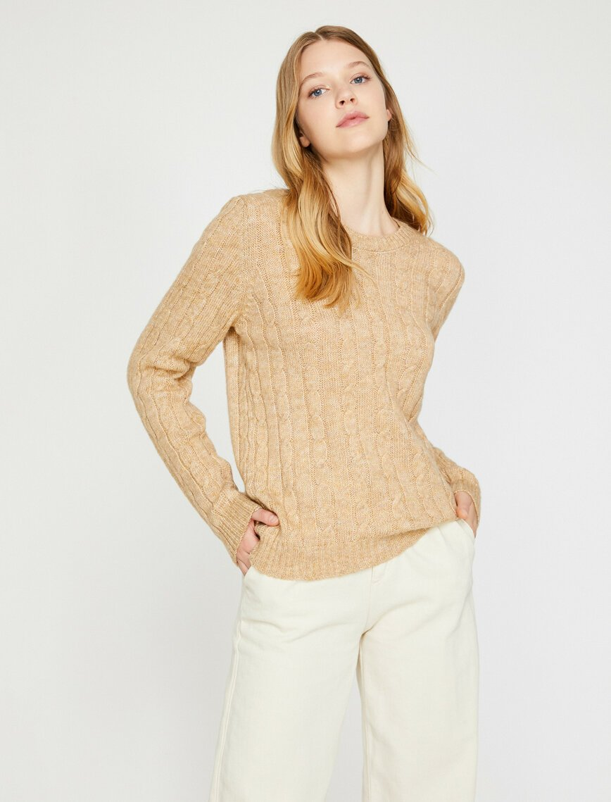 Cable Knit Basic Sweater in Dune
