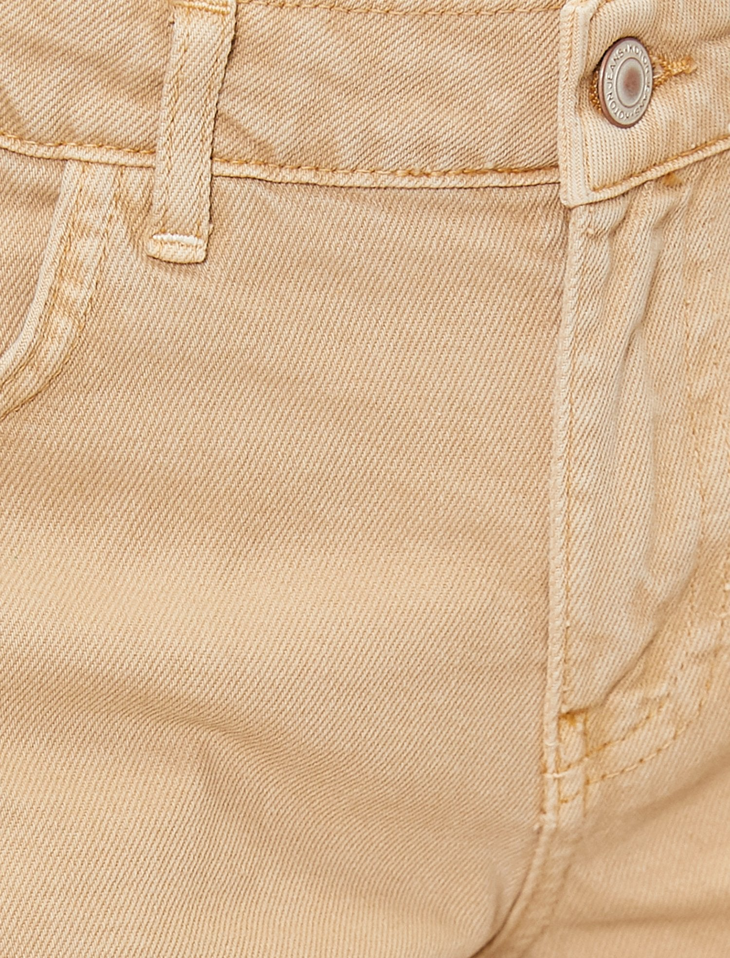 Washed Out Twill Shorts in Sand