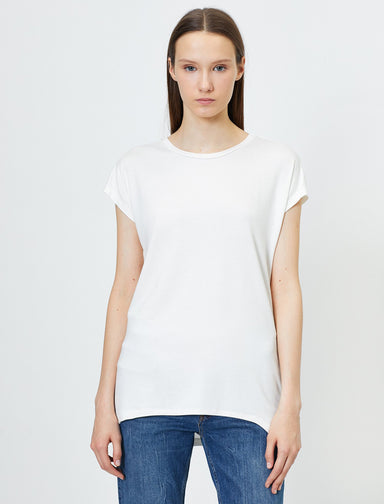 Scoop Neck Swing Tshirt in White