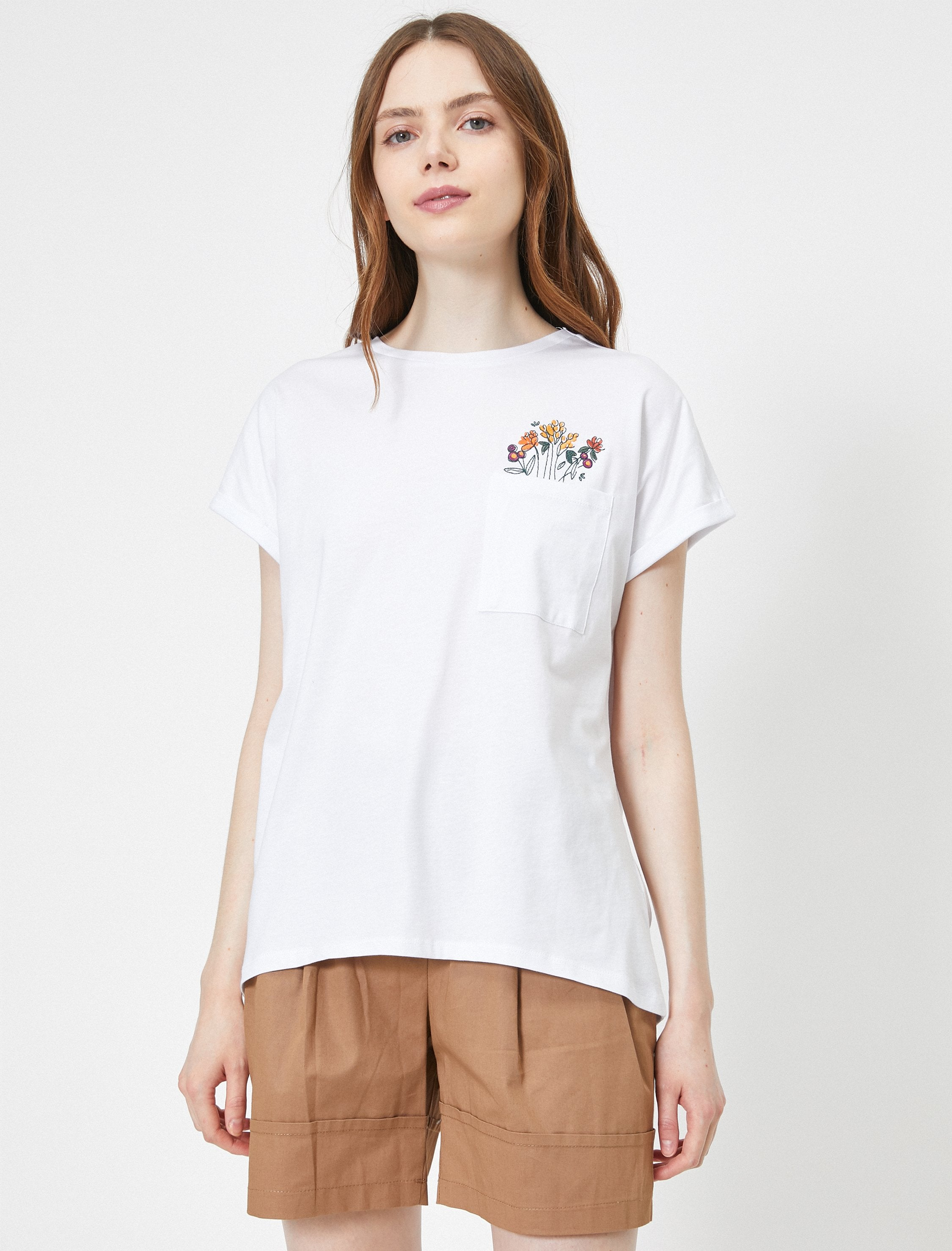 Floral Graphic Tshirt in White