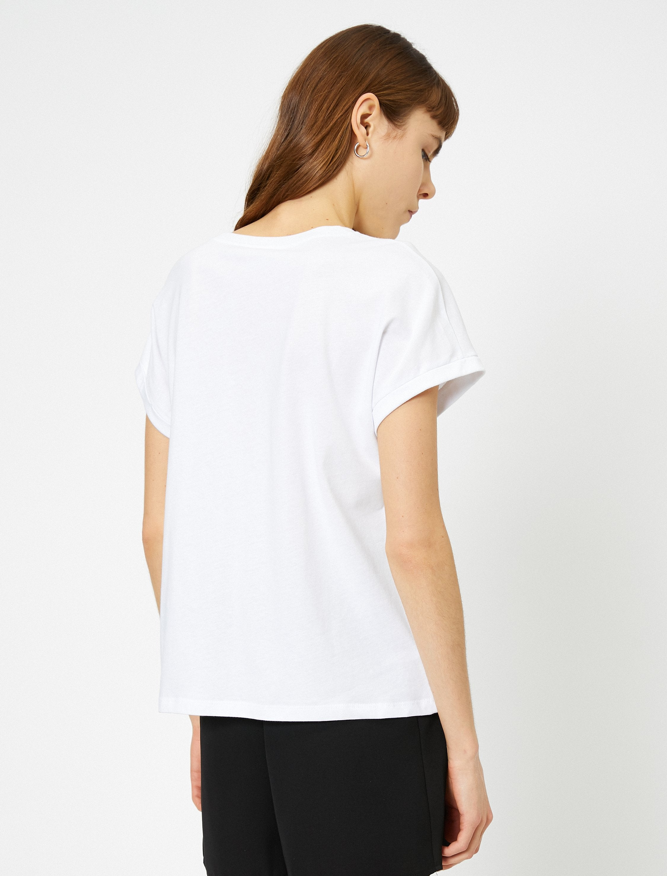 Scoop Neck Tshirt in White