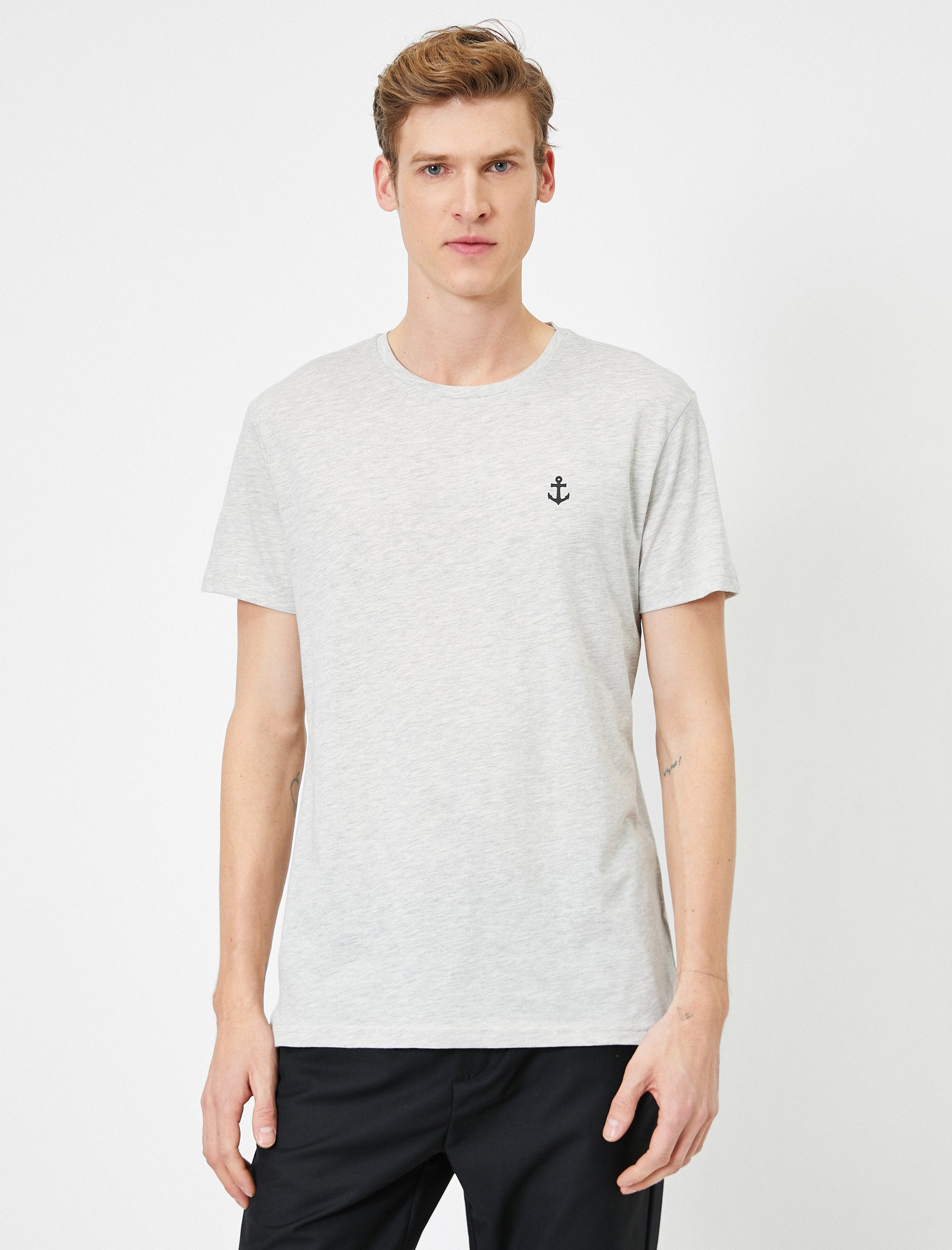 Slubbed Basic Tshirt in Light Gray