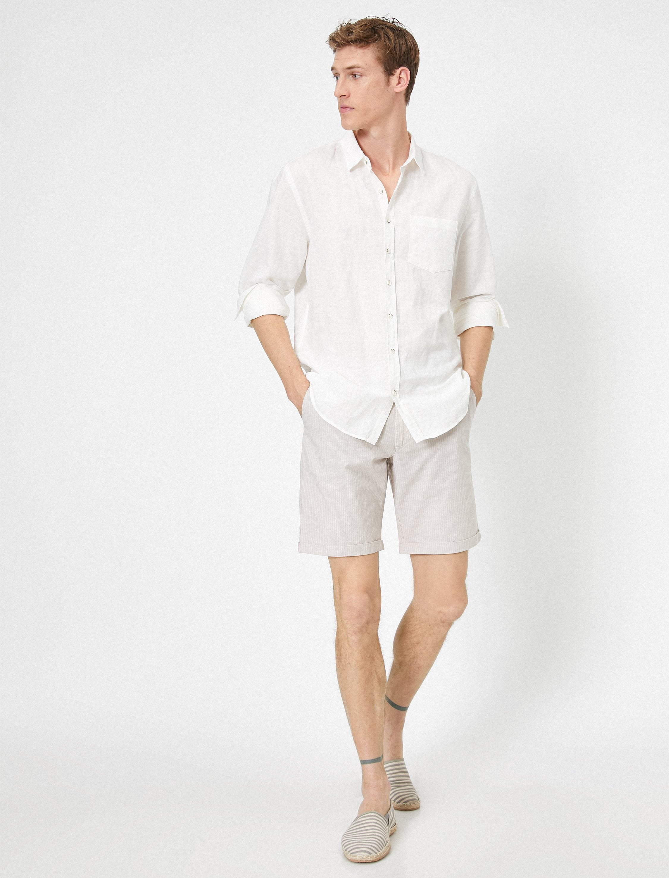 Natural Look Chino Shorts in Sand