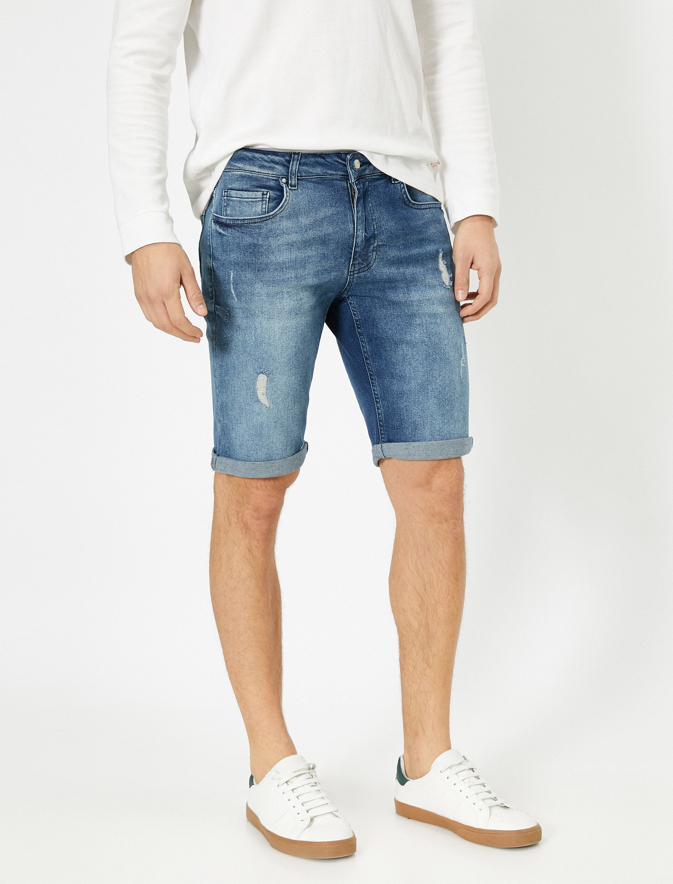 Stretch Denim Shorts in Light Indigo