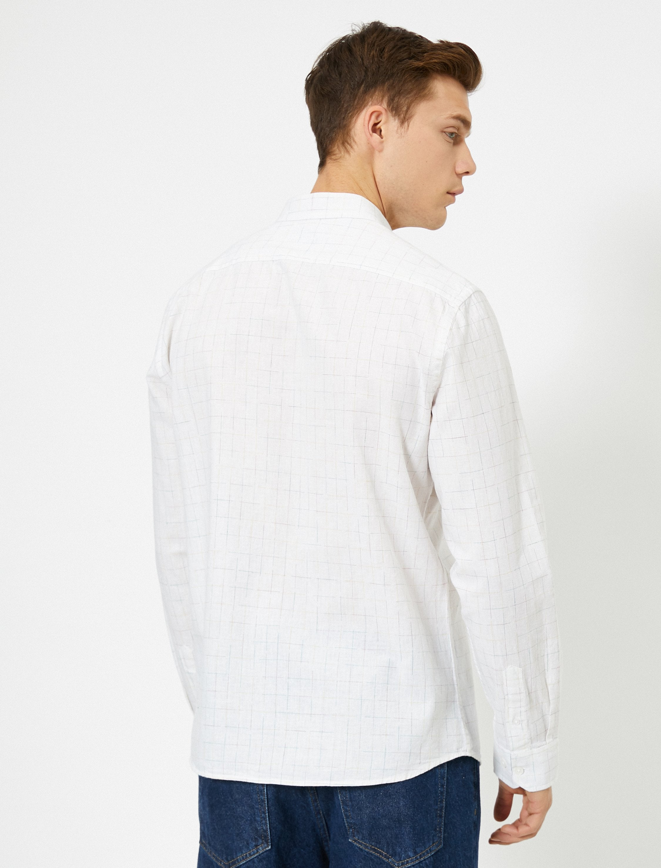 Natural Look Shirt in White