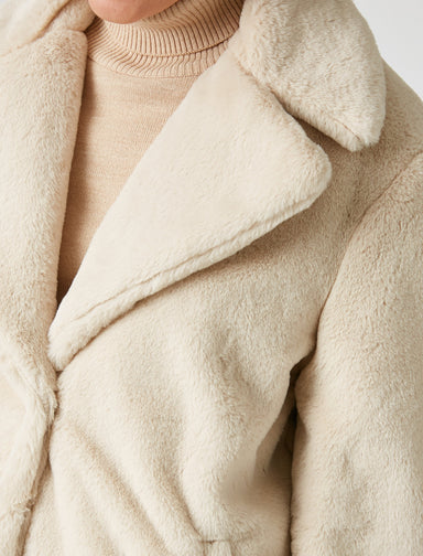 Oversize Teddy Coat in Cream