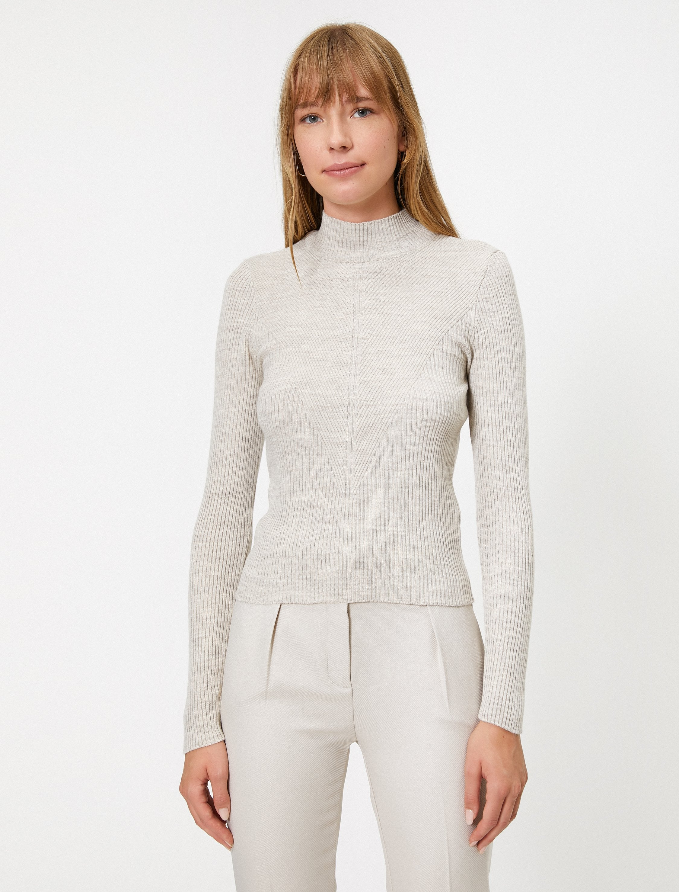 Fitted Mock Neck Sweater in Dune