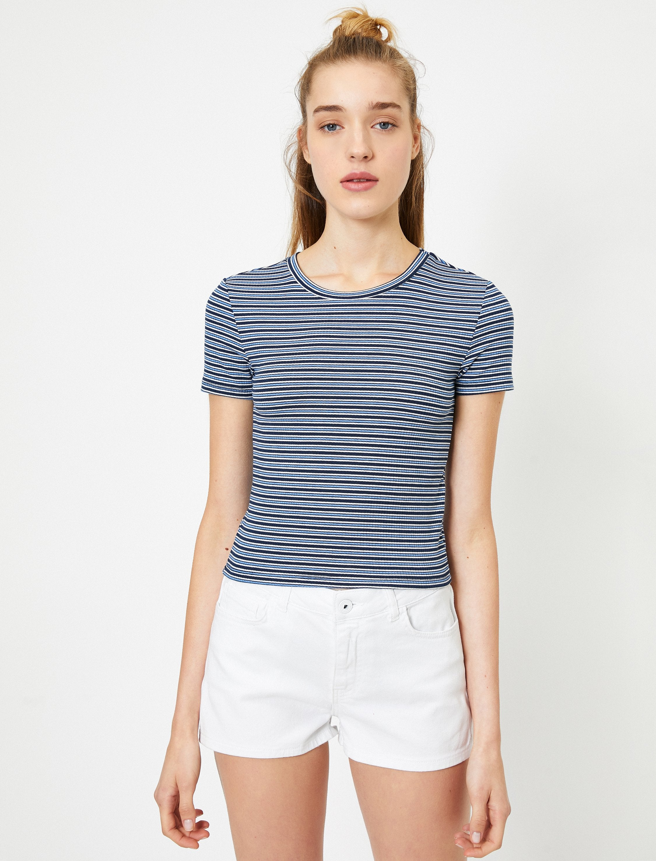 Fitted Crop Tshirt in Navy Stripes