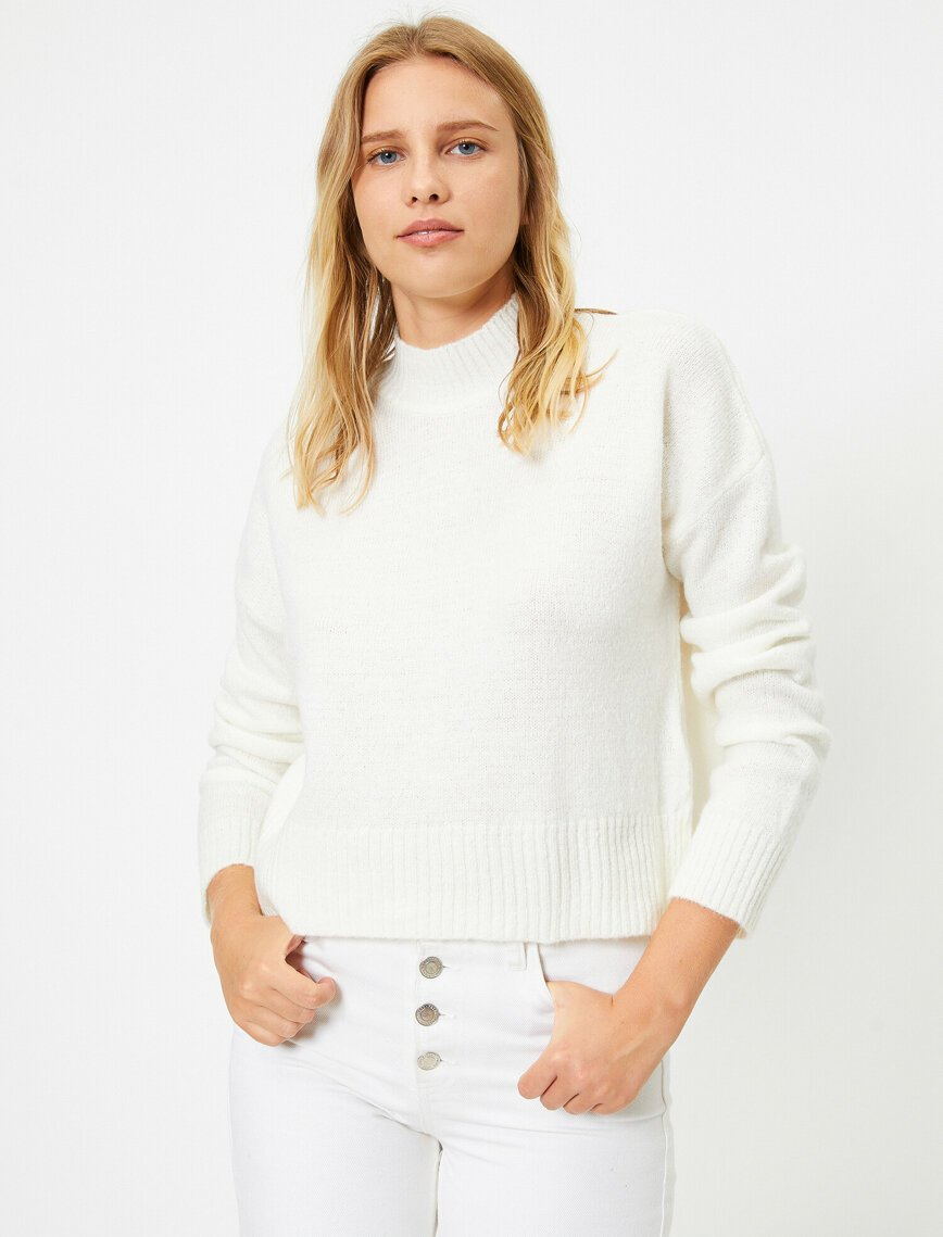 Cropped Mock Neck Sweater in White