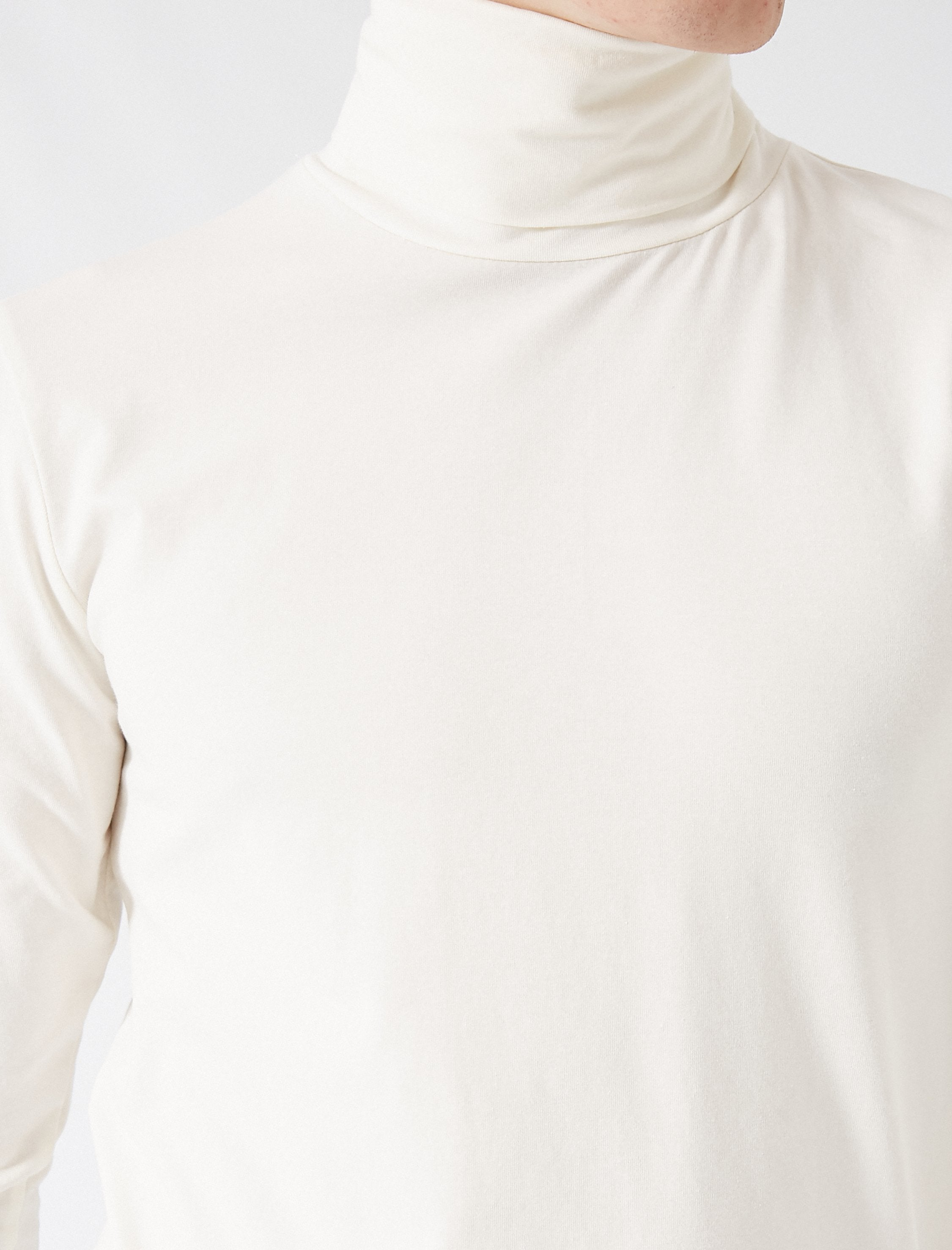 Turtle Neck Tshirt in Cream