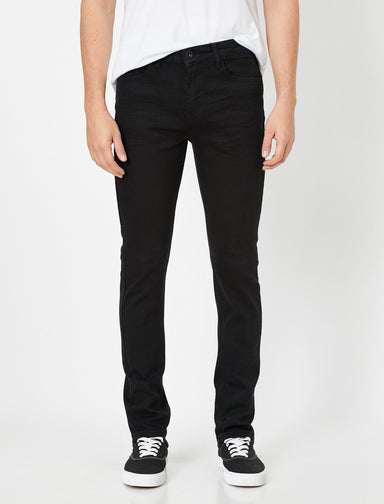 Slim Fit Brad Jeans in Black