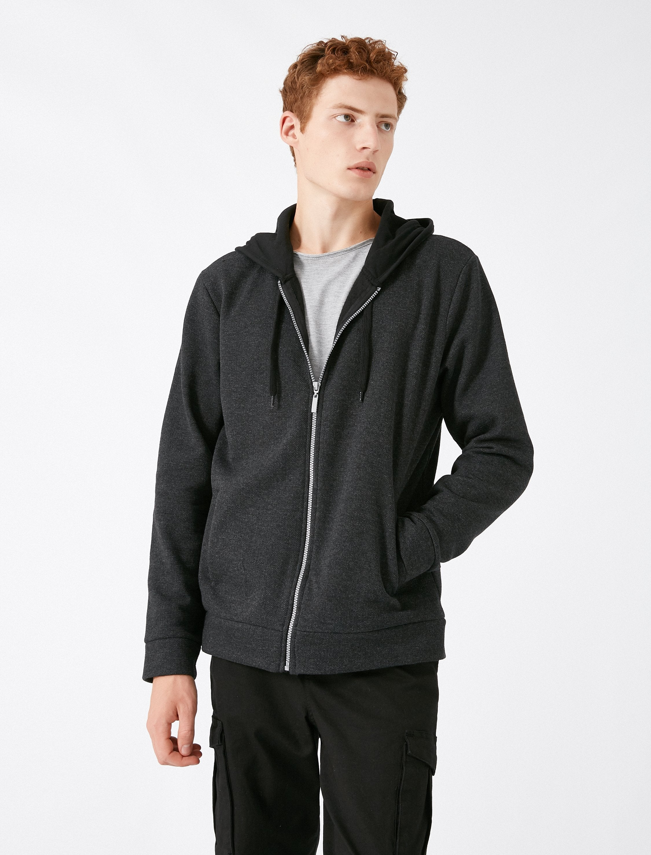 Zip-Up Hoodie in Anthracite