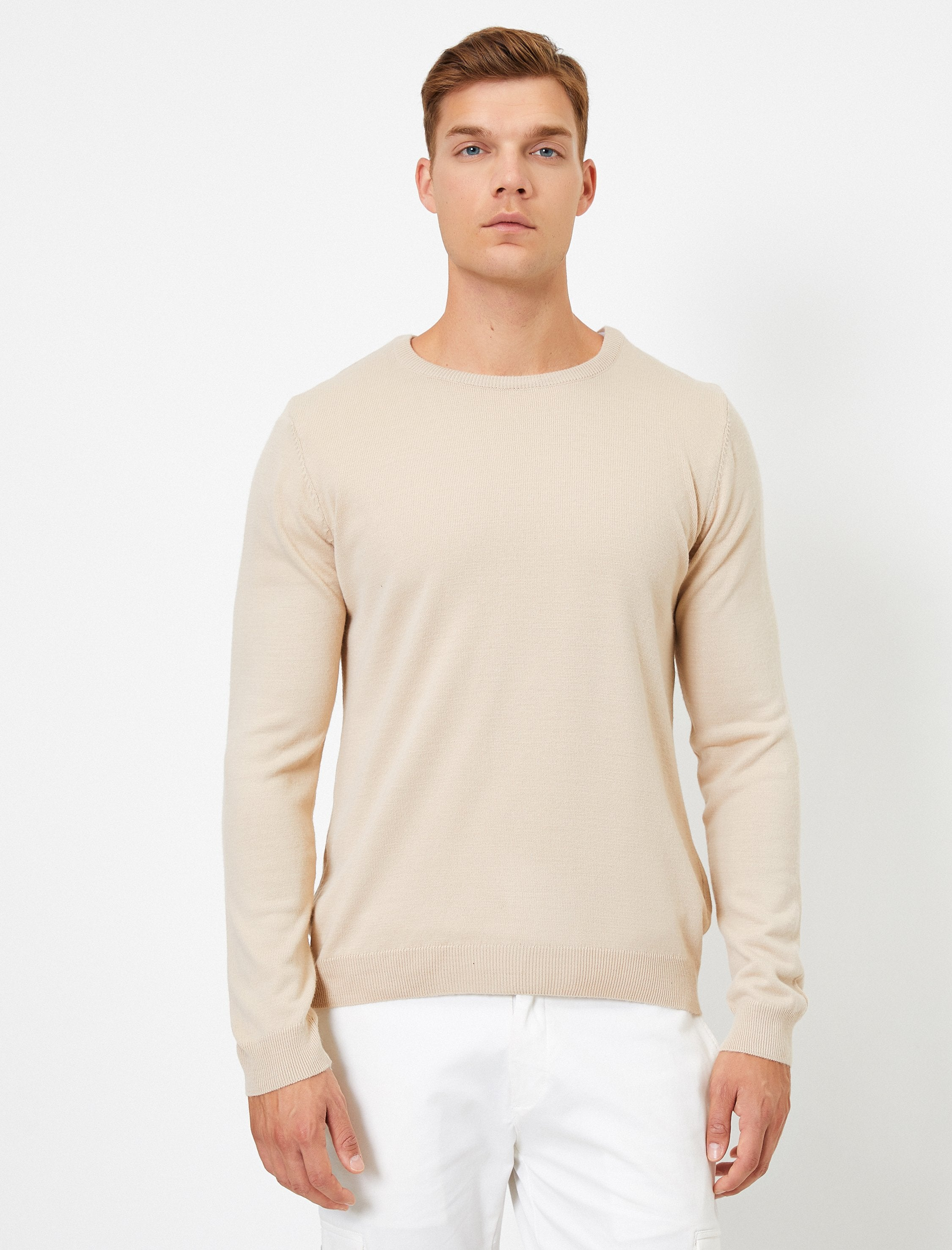 Basic V Neck Sweater in Cream