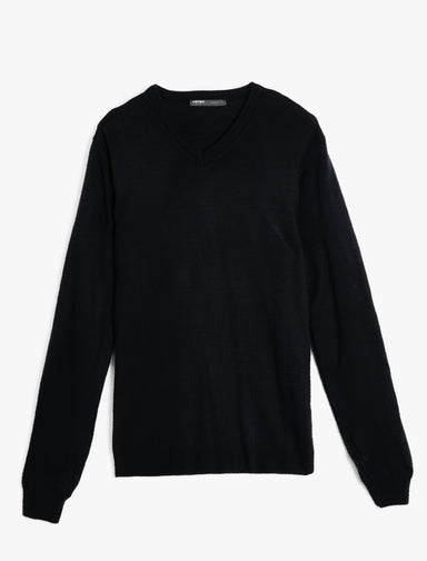 Basic V Neck Sweater in Navy