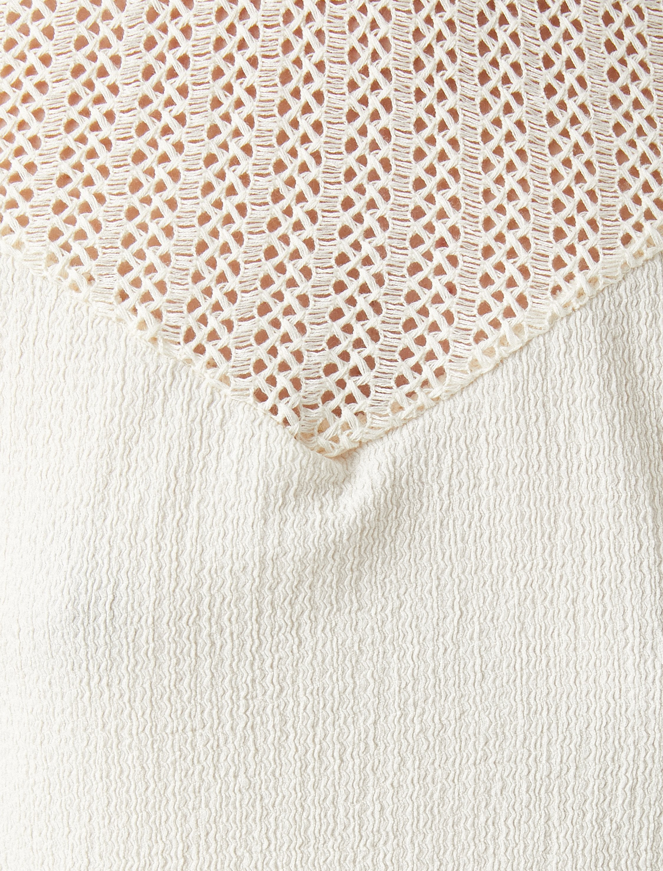 Sleeveless Lace Front Blouse in Cream