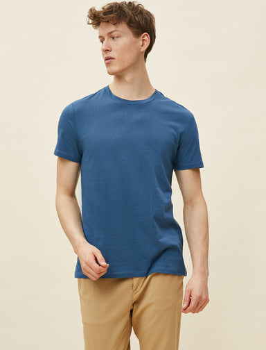 Basic Thirt in Heather Blue