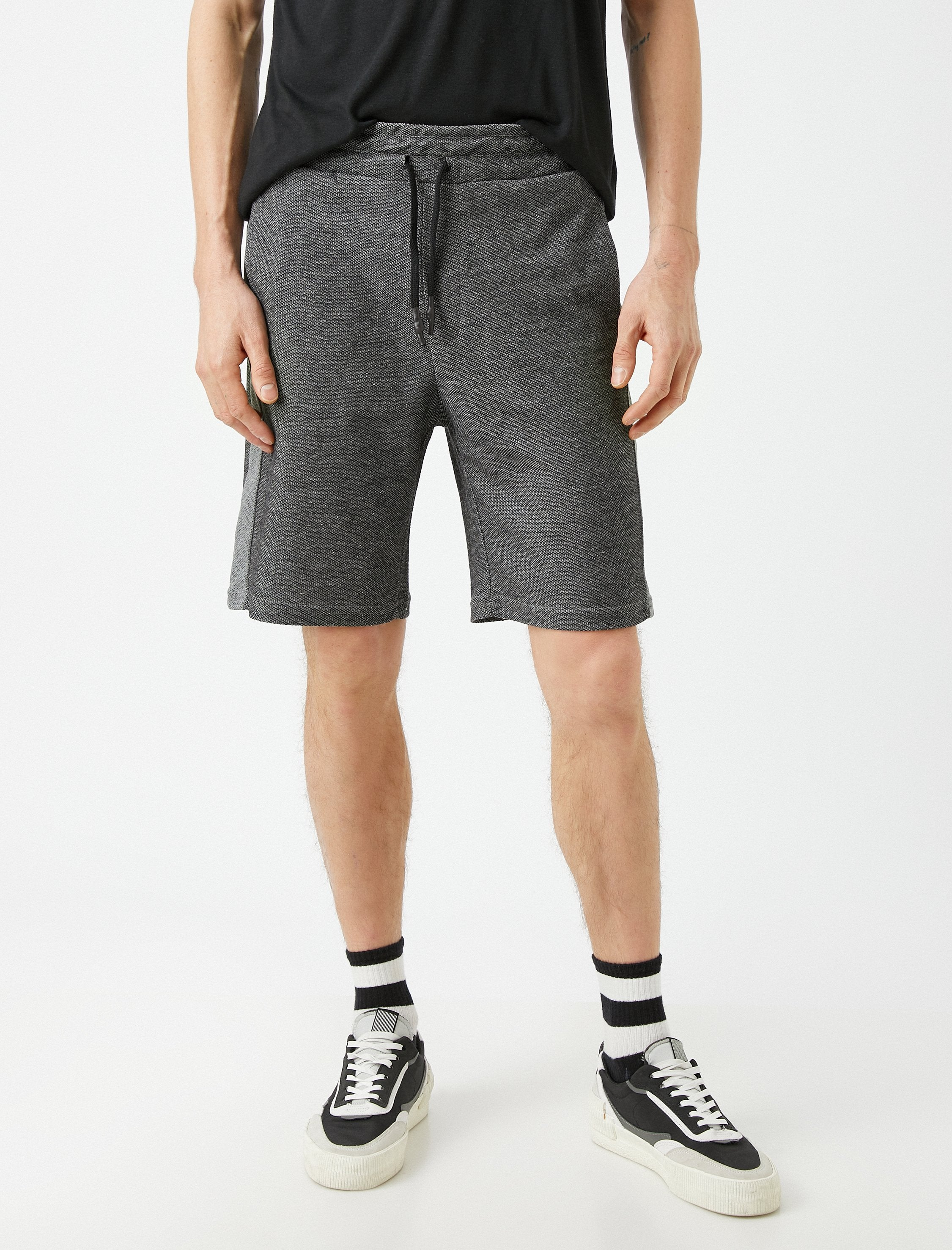 Sweat Shorts in Gray