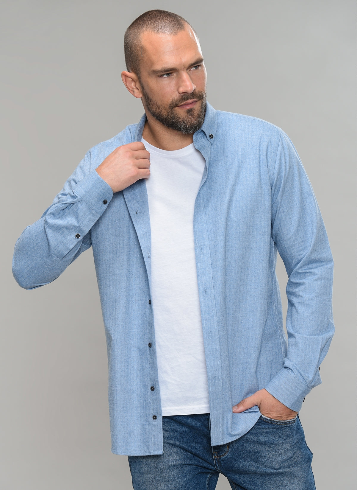 Herringbone Button-Down Shirt in Light Blue