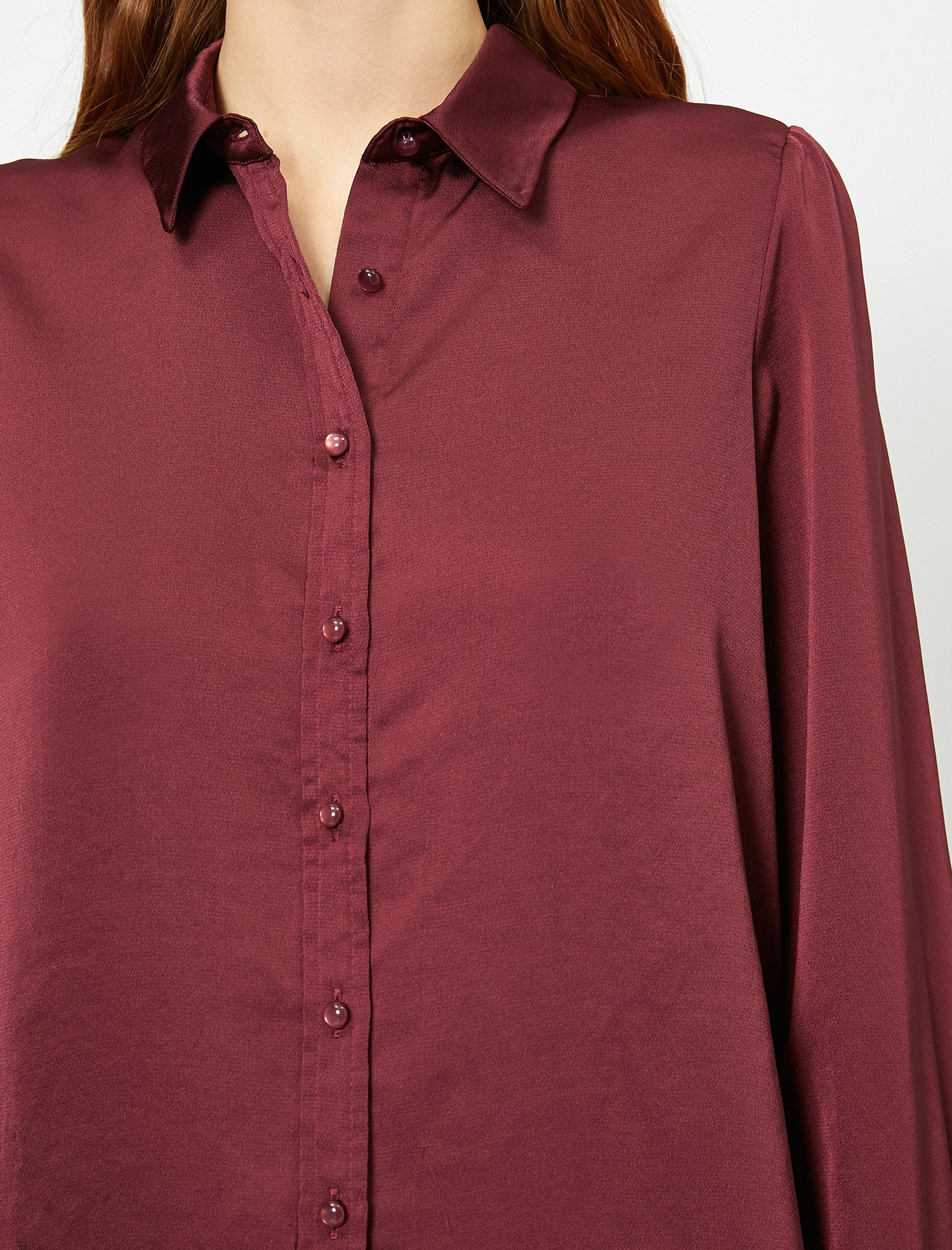 Solid Button-Up Shirt in Bordeaux