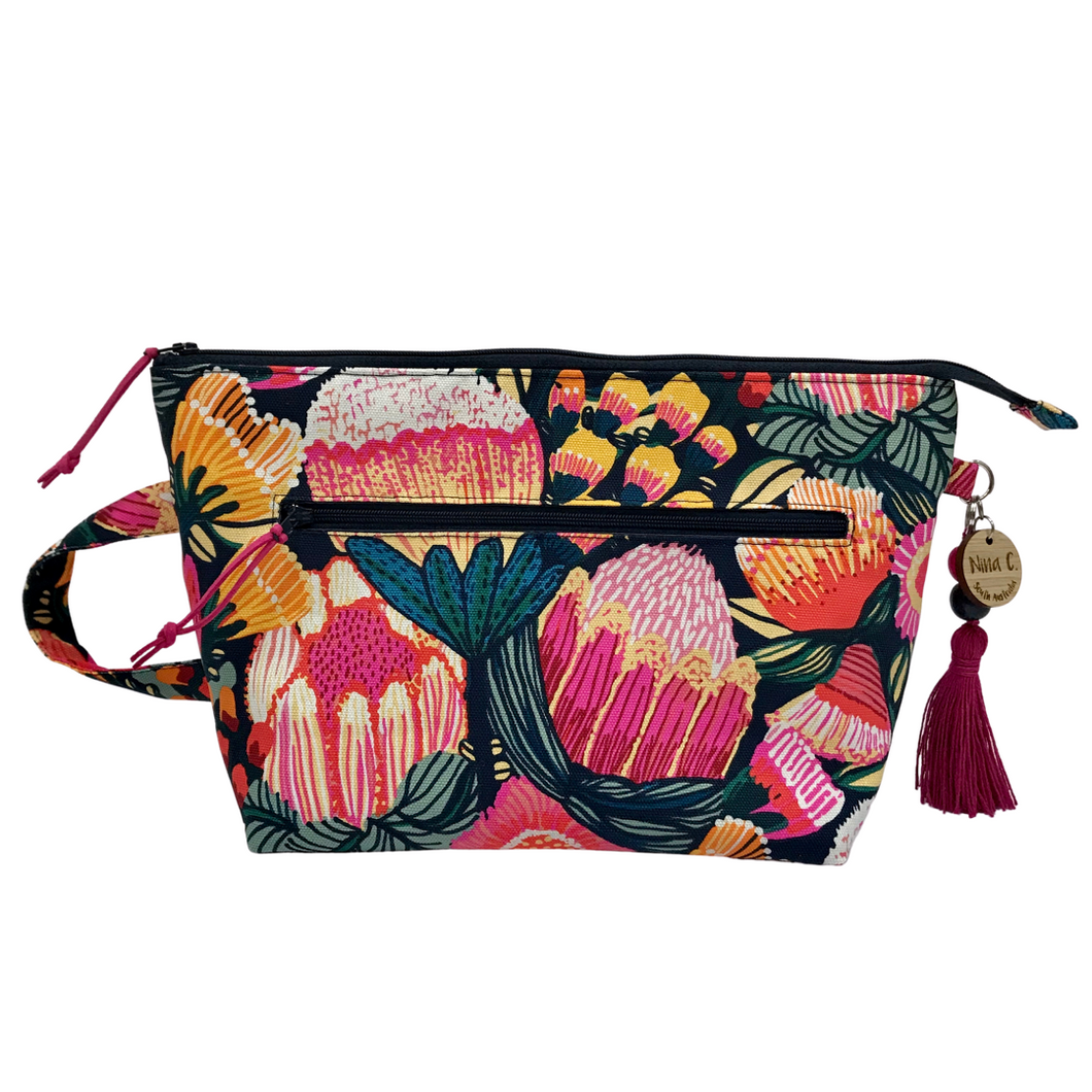 Oz Flowers Toiletry bag