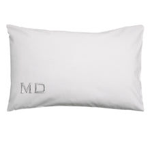 Load image into Gallery viewer, WHITE CUSTOM INTIAL PILLOWCASE SET
