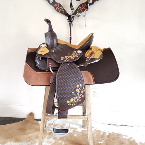 The Fiesta - Youth Saddle, Various Sizes, Barrel & Roper