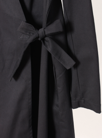 Overlap Jacket With self-tie fastening.