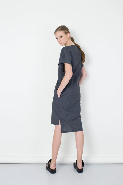 Cotton linen dress with a gathering