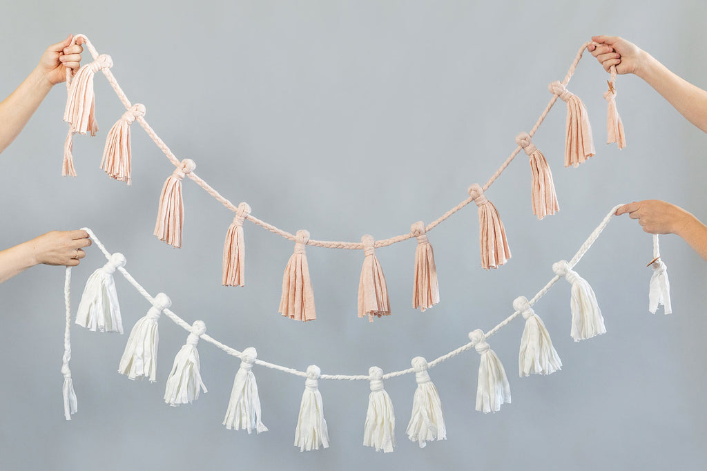 Baby's Breath Tassel Garland