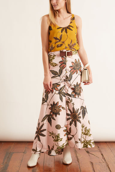 Powerful Flora Skirt in Rose Passiflora