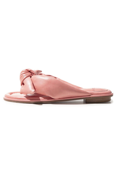 Soft Clarita Flat in Salmon Pink