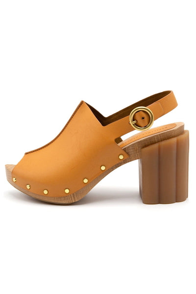 Daisy Extra Matt Alter Nappa Platform in Tan