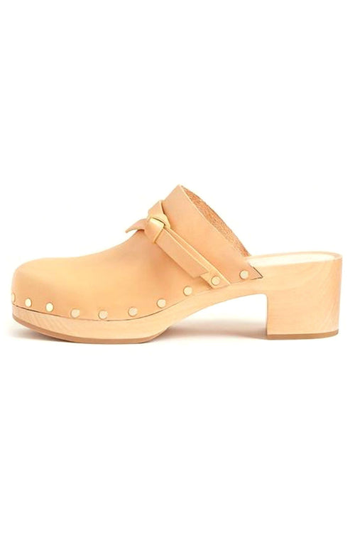Roberta Low Heel Clog in Honey