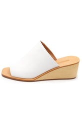Lyell Wedge in White