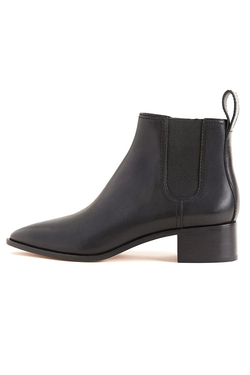 Nellie Block Heel Chelsea Boot in Black