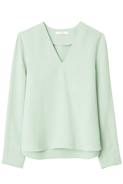 Drape Twill V-Neck Easy Top in Pistachio