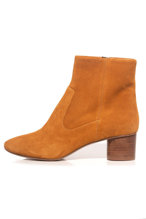 Dusta Boots in Cognac