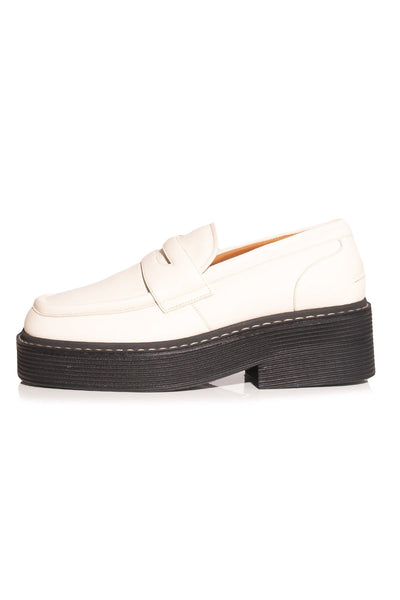Moccasin Loafer in White