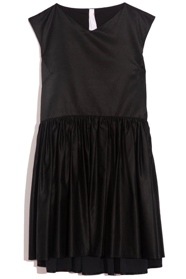 Estreta Dress in Black