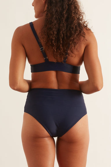 Serena Bikini Bottom in Deep Sea