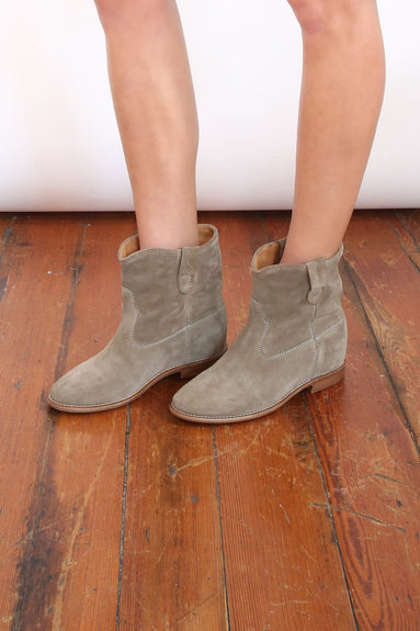 Crisi Boots in Taupe R20