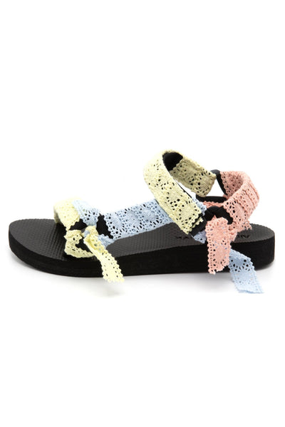 Trekky Sandal in Mixed Lace