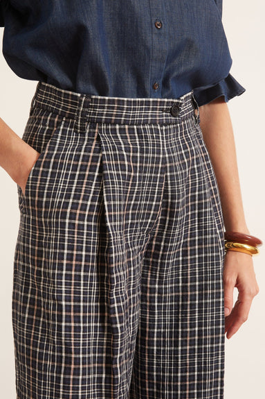 Linen Plaid Pant in Navy Plaid