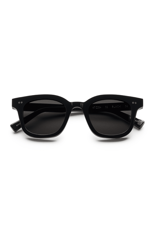 #002 Black Sunglasses in Black