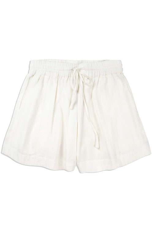Trail Short in Cream