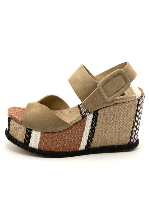 Dian Wedge Sandal in Oak Castoro Santa Fe