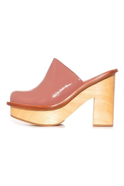 Bradley Clog in Rose